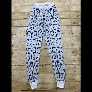 NWOT Baja East pants